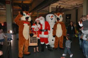 le Père Noël et ses complicess